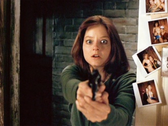 the-silence-of-thelambs-jodie-foster-gun