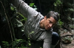 bear-grylls-man-vs-wild-bear-grylls-7758804-400-262