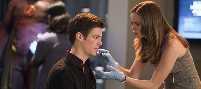 "The Flash -- ""Fastest Man Alive"" -- Image FLA102a_0237b -- Pictured (L-R): Grant Gustin as Barry Allen and Danielle Panabaker as Caitlin Snow -- Photo: Diyah Pera/The CW -- © 2014 The CW Network, LLC. All rights reserved."