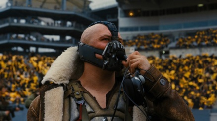 bane-dark-knight-rises-football-stadium-two-turntables-and-a-microphone