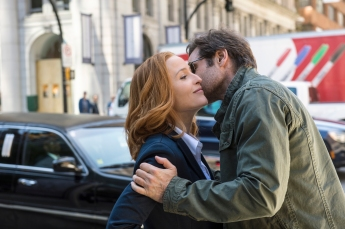 x-files-2016-yet-another-real-photo-from-this-goddamn-show