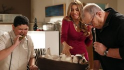 zap-modern-family-season-5-episode-22-message-008-639x360