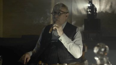 watch-gary-oldman-brilliantly-play-winston-churchill-in-first-trailer-for-darkest-hour-social-2