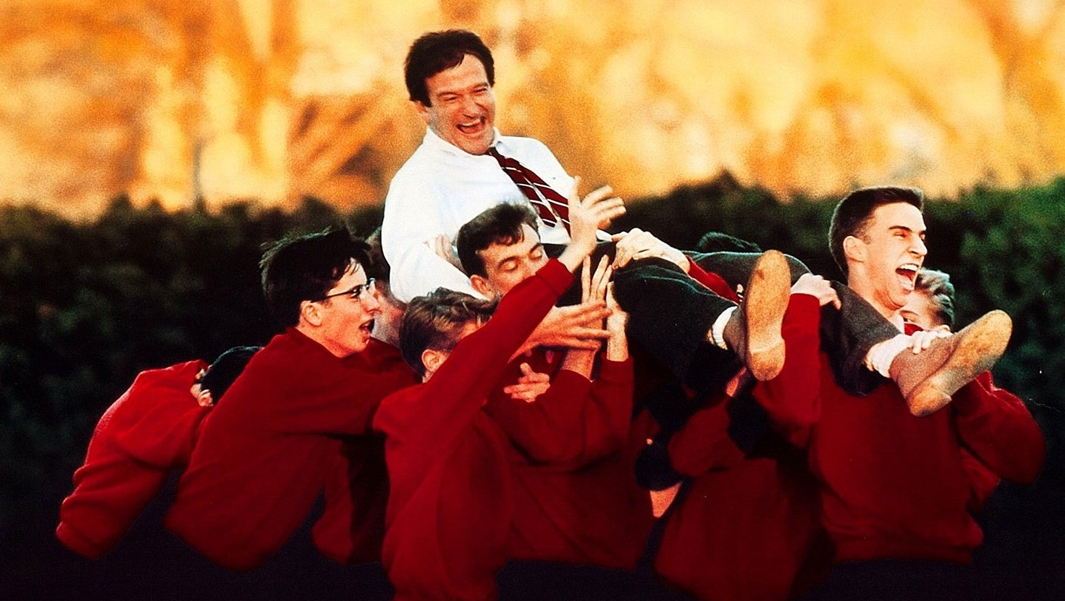 a comparison and contrast of dead poets society and day of the last rock fight Published: mon, 5 dec 2016 for this leadership report, we have chosen the movie « dead poets society » this movie was awarded for the best scenario in 1989 and was a great international success.